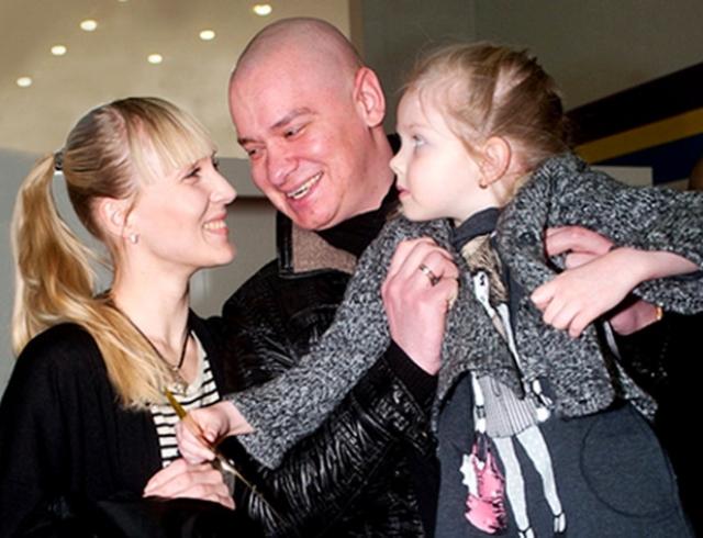 кошевой евгений с женой фото