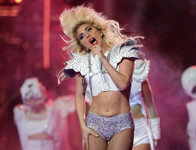 Леди Гага возобновила отношения сэкс-бойфрендом