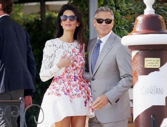 Джордж Клуни поведал обудущей двойне иназвал дату родов