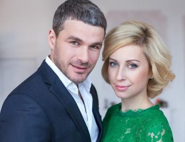 Тоня Матвиенко иАрсен Мирзоян наконец-то узаконили свои отношения