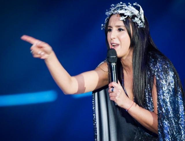 Зритель выбежал насцену и продемонстрировал ягодицы вэфире «Евровидения»