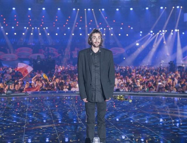 Евровидение-2017: жизнь участника изПортугалии под угрозой