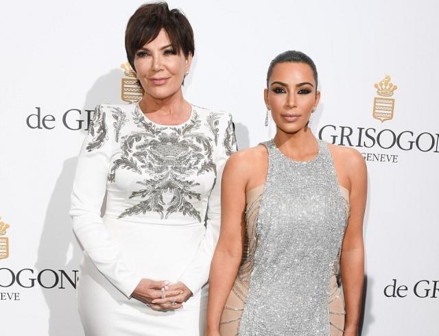 Мать Ким Кардашьян желает выносить ребенка дочери