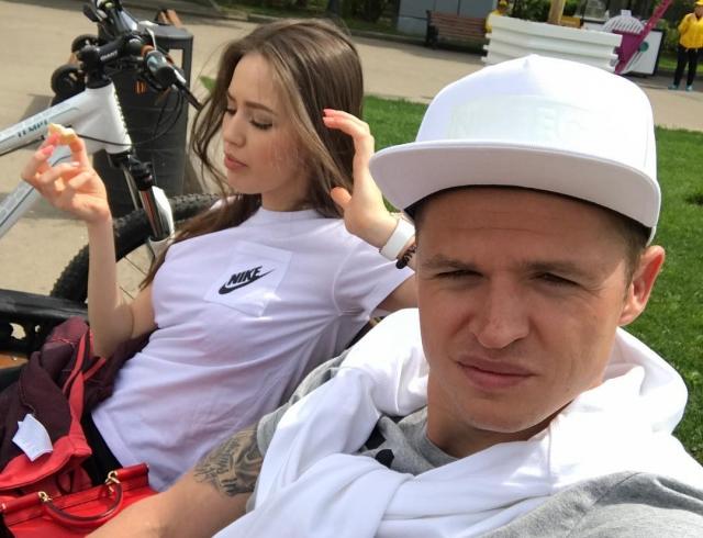 Тарасов вывез Костенко вДубай— Репетиция медового месяца