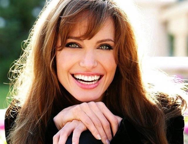 Анджелина Джоли поведала, кого вскором времени сыграет вкино