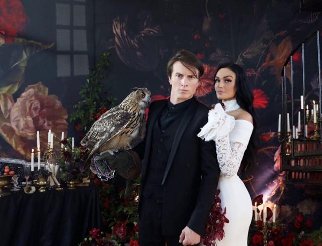 Жених Алены Водонаевой выложил фотографии сосвадьбы