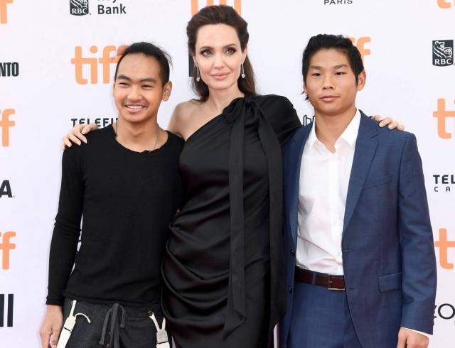 16-летний приемный сын Анджелины Джоли дал первое интервью: Моя мама — чудо