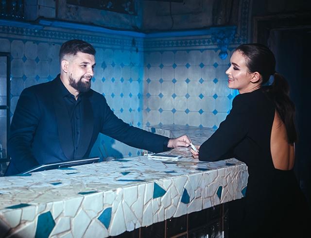 Баста и артистка Паулина Андреева спели дуэтом