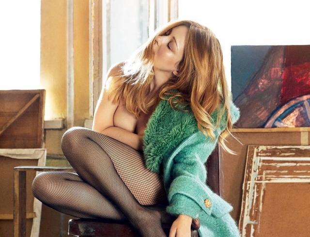 Впервые настолько откровенная Тина Кароль появилась на обложке украинского Harper's Bazaar (ФОТО+ВИДЕО)