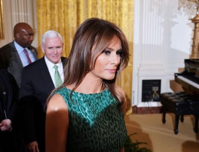 Мелания Трамп в стильном платье за 1600 долларов