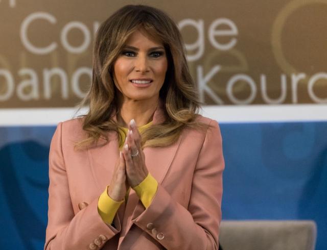 Секретарь Мелании Трамп раскрыла причину ееотсутствия рядом смужем