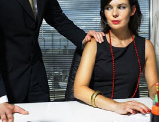 Женщина босс хочет секса