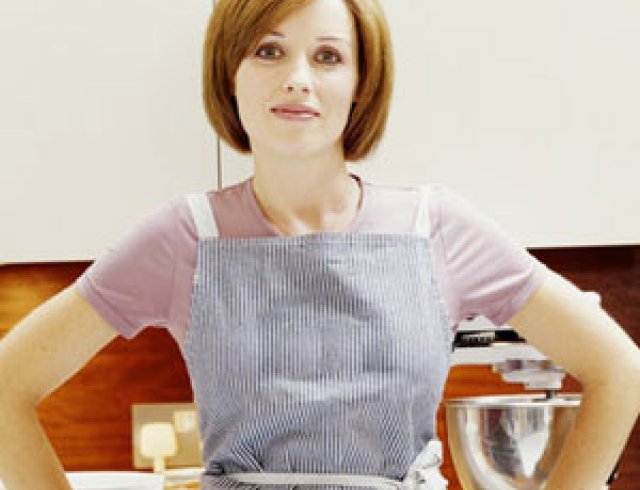 Секс на кухонном столе с муке