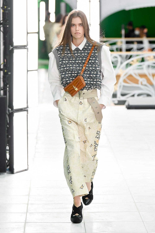 Гид по модным трендам 2021 года в новой коллекции Louis Vuitton (ФОТО) - фото №4