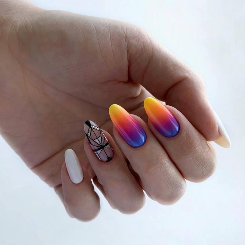 Стильный маникюр: ТОП-20 дизайнов ногтей на лето - фото №10