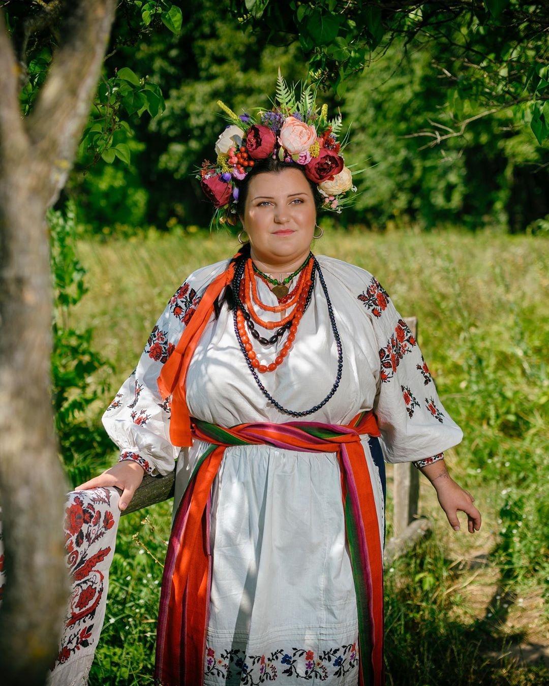 Alyona Alyona фото