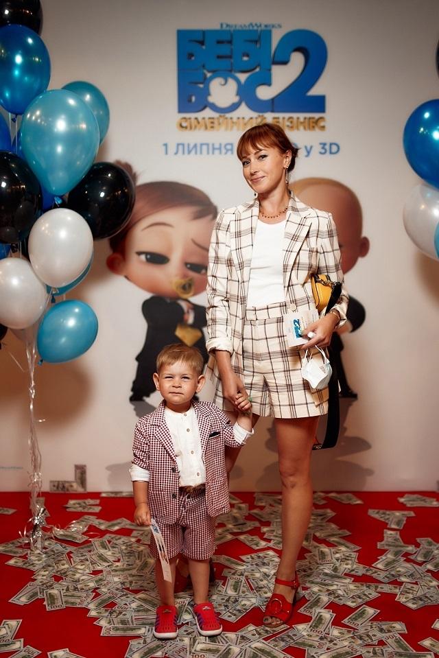 Анюта Славська з сином