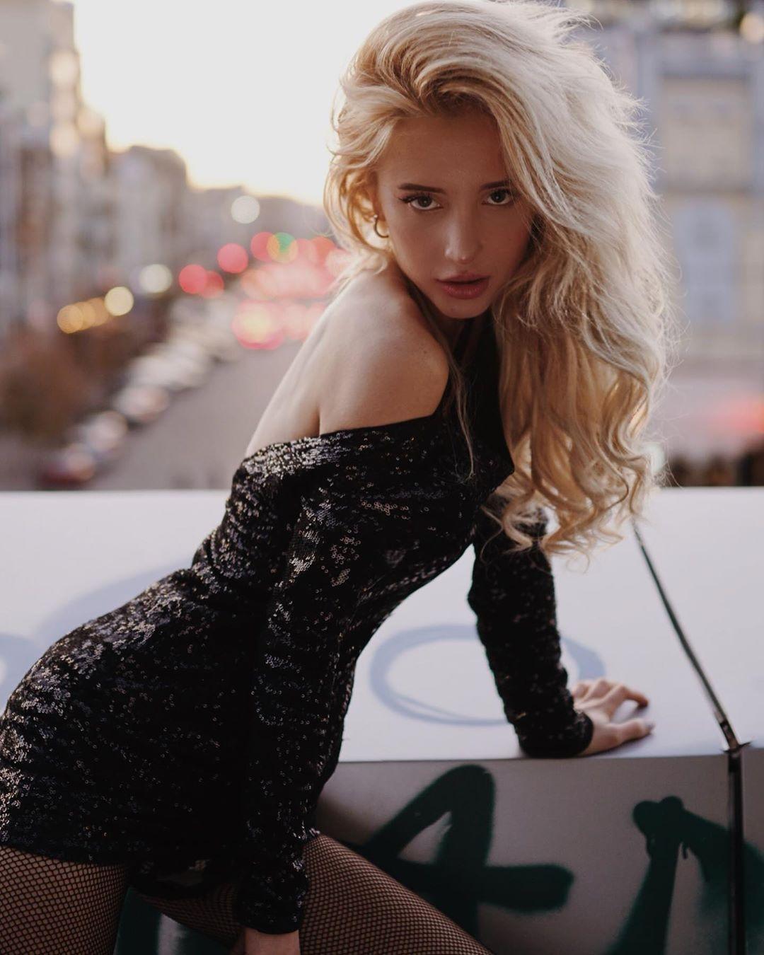 Секреты красоты от солистки DILEMMA Nika Manika: beauty-процедуры в домашних условиях (ЭКСКЛЮЗИВ) - фото №1