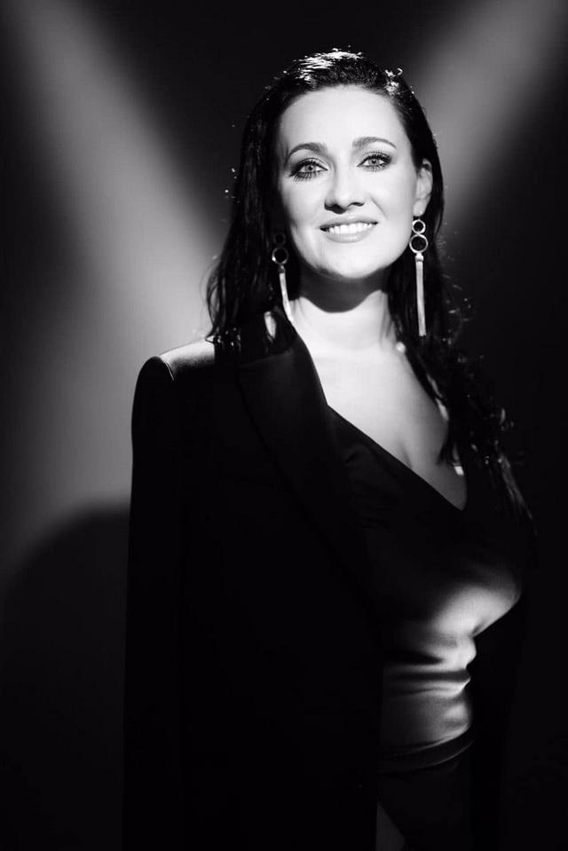 Украинская Моника Беллуччи: ведущая Соломия Витвицкая заинтриговала серией черно-белых фото - фото №4