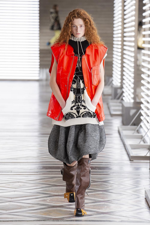 Louis Vuitton провели показ в Лувре: смотрите, как это было (ФОТО) - фото №3