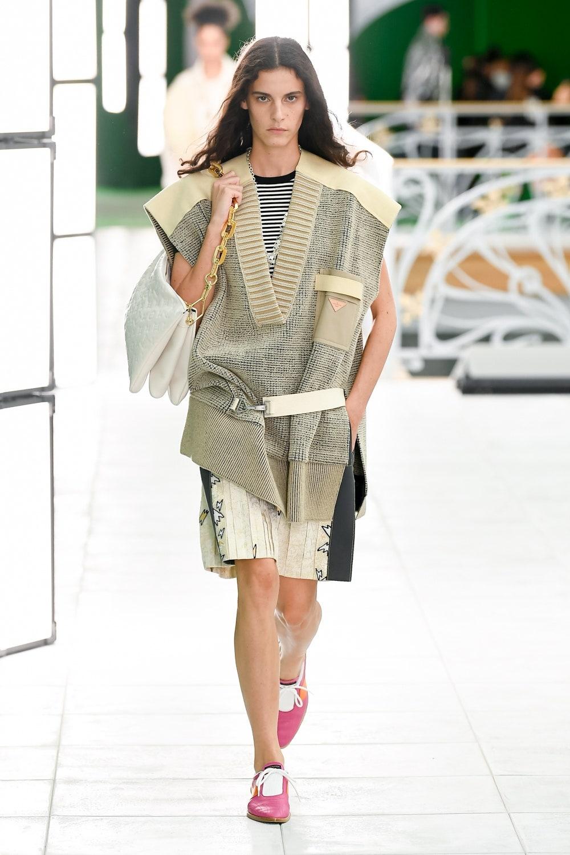 Гид по модным трендам 2021 года в новой коллекции Louis Vuitton (ФОТО) - фото №2
