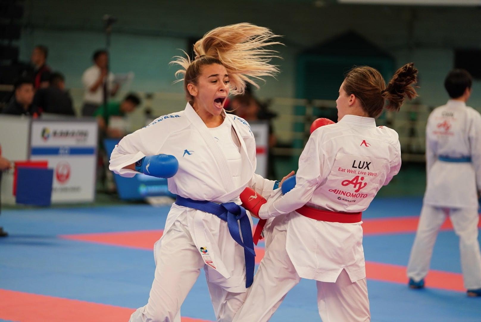 Каратистка Анжелика Терлюга принесла серебряную медаль Украине на Олимпиаде в Токио - фото №1