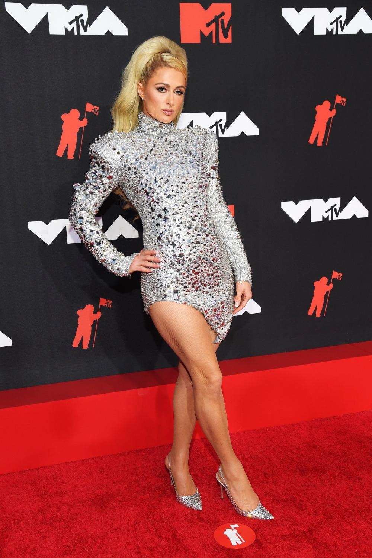 Пэрис Хилтон, Аврил Лавин, Билли Портер и другие звезды на красной дорожке MTV Video Music Awards 2021 (ФОТО) - фото №7