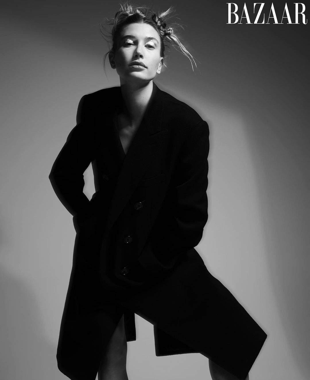 Хейли Бибер появилась на обложке глянца и рассказала о зависимости от соцсетей (ФОТО) - фото №4