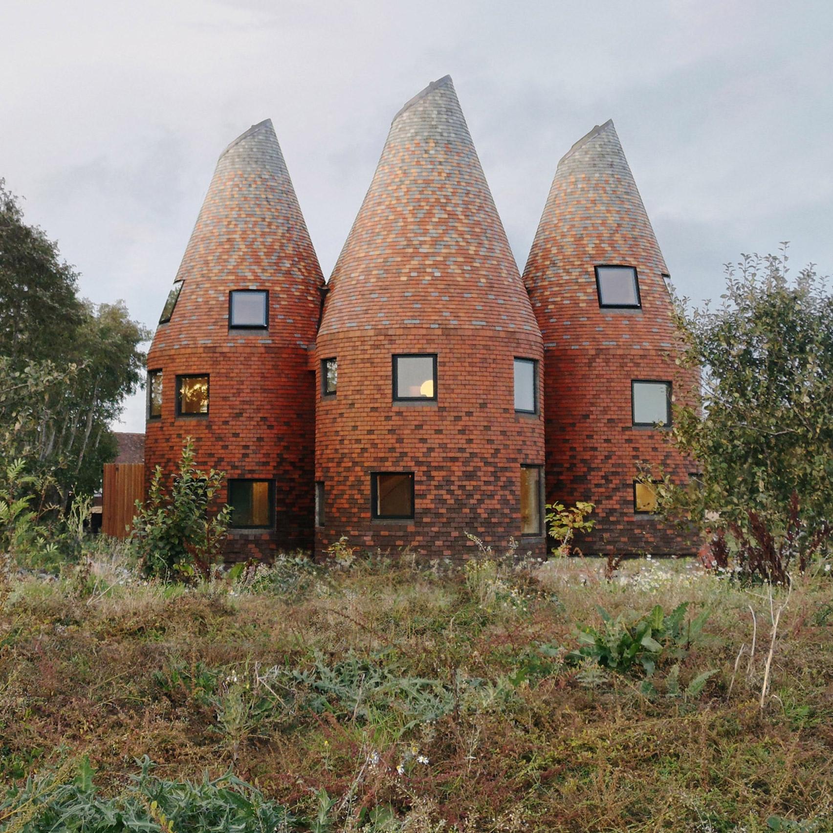 Шедевры архитектуры: 10 самых необычных домов мира, которые построили в 2020 году (ФОТО) - фото №3