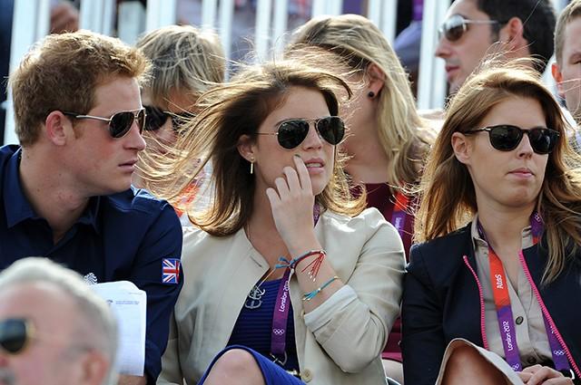 Свадьба в королевской семье: к принцессе Беатрис приедут Меган Маркл и принц Гарри
