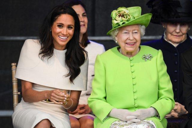 Мысли о суициде, тайная свадьба, расизм в королевской семье: главное из интервью Меган Маркл и принца Гарри - фото №2