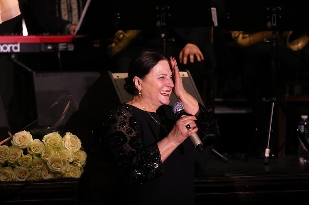 """""""Мій перший ювілей"""": дивіться, як Тоня Матвієнко відсвяткувала 40-річчя на сцені (ФОТО) - фото №7"""