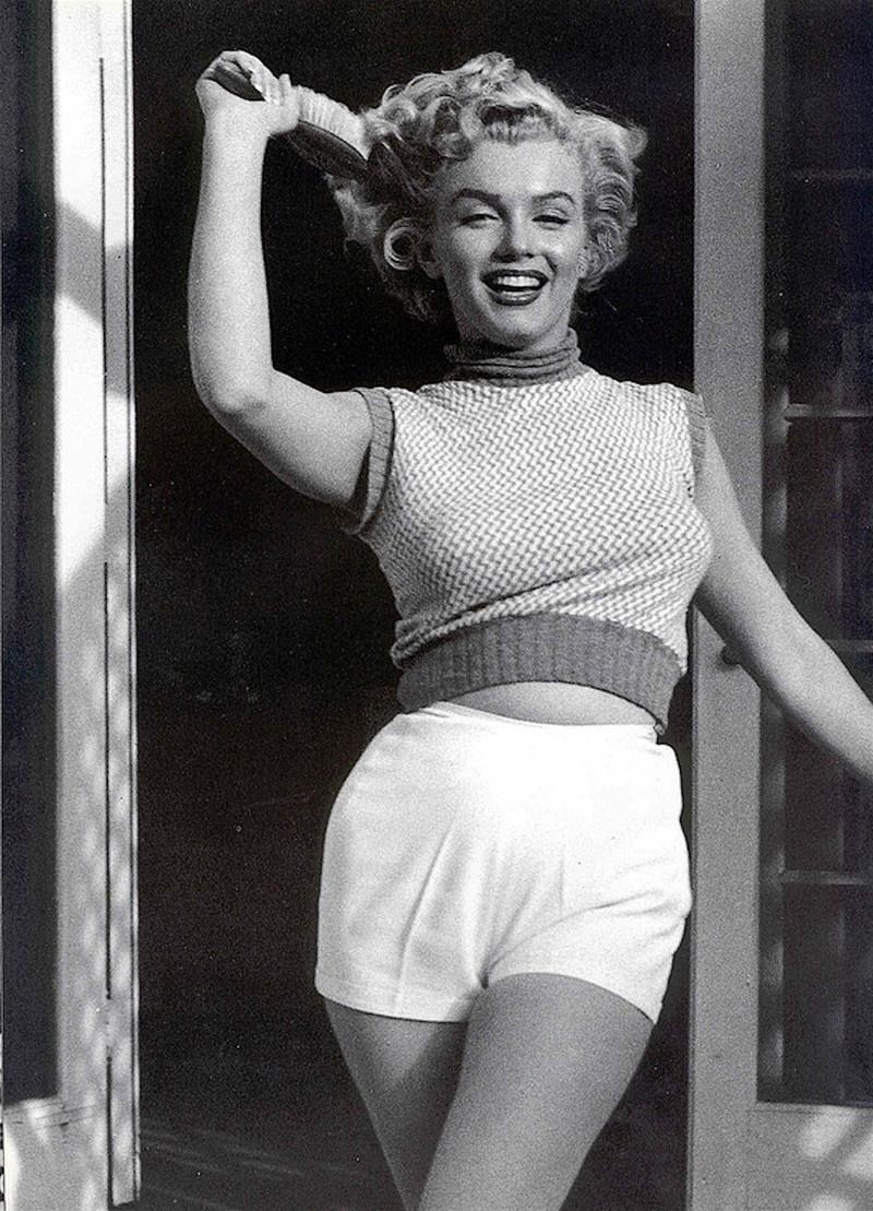Годовщина смерти Мэрилин Монро: самые эффектные образы знаменитой актрисы (ФОТО) - фото №10