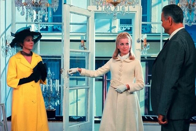 Уроки стиля французской кинодивы Катрин Денев - фото №4