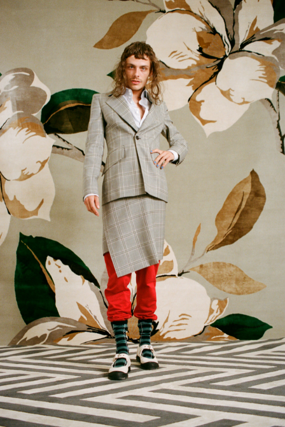 Клоуны и акробаты в новой весенней коллекции Vivienne Westwood (ФОТО) - фото №8