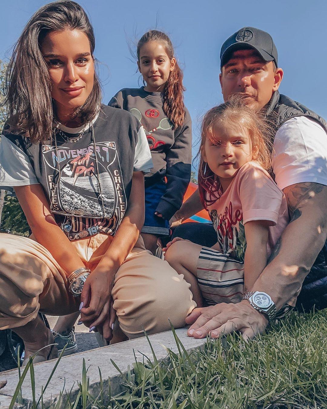Ксения Бородина и ее муж Курбан Омаров с дочерьми