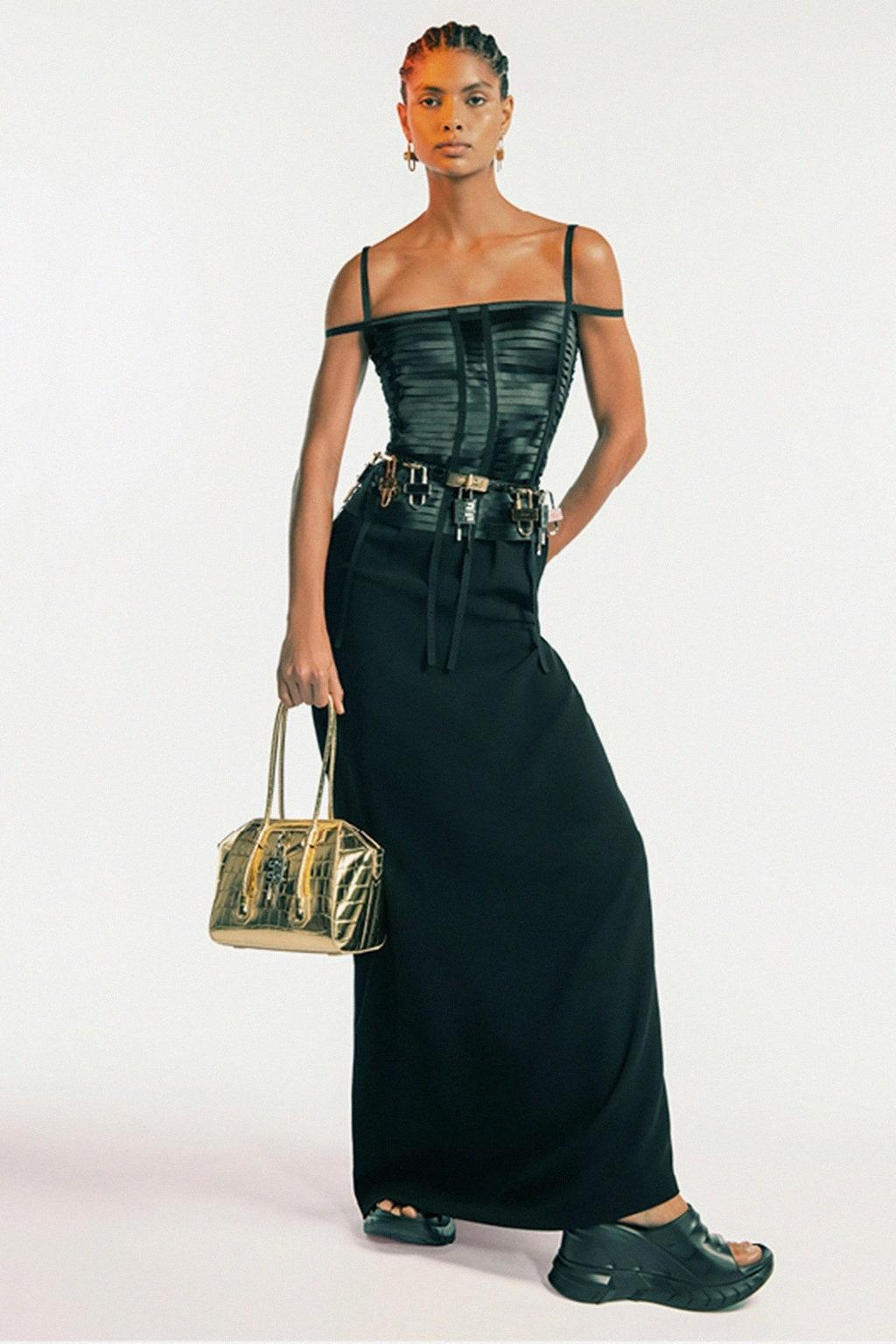 Дебют Мэтью Уильямса и пример безупречного стиля. Почему все обсуждают новую коллекцию Givenchy (ФОТО) - фото №6