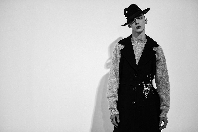 """Женщины в мужских костюмах: как прошел показ новой коллекции Сержа Смолина """"Money"""" - фото №3"""