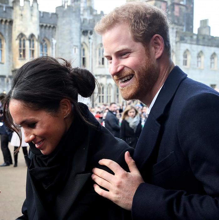 Принц Гарри и Меган Маркл: подборка трогательных кадров герцогов Сассекских - фото №11