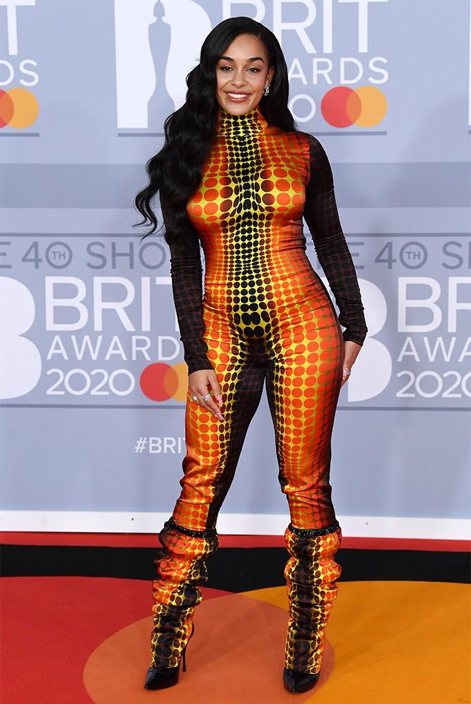 Там был MONATIK: обзор лучших образов с красной дорожки Brit Awards (ФОТО) - фото №10