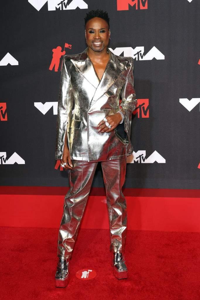 Пэрис Хилтон, Аврил Лавин, Билли Портер и другие звезды на красной дорожке MTV Video Music Awards 2021 (ФОТО) - фото №5