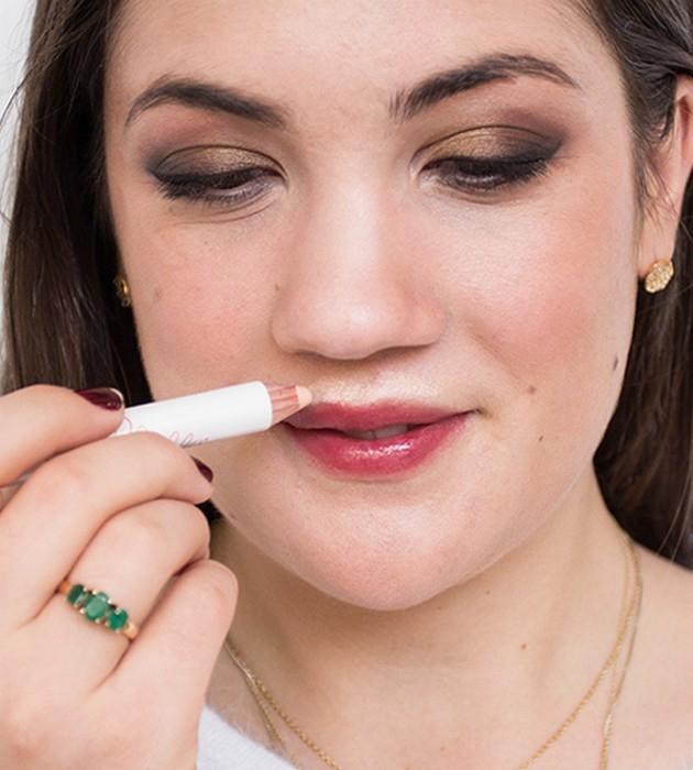 Как накрасить губы, чтобы их визуально увеличить - фото №5