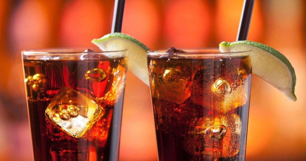 Поклонение Св. Аманду или международный день бармена. 5 рецептов популярных напитков - фото №2