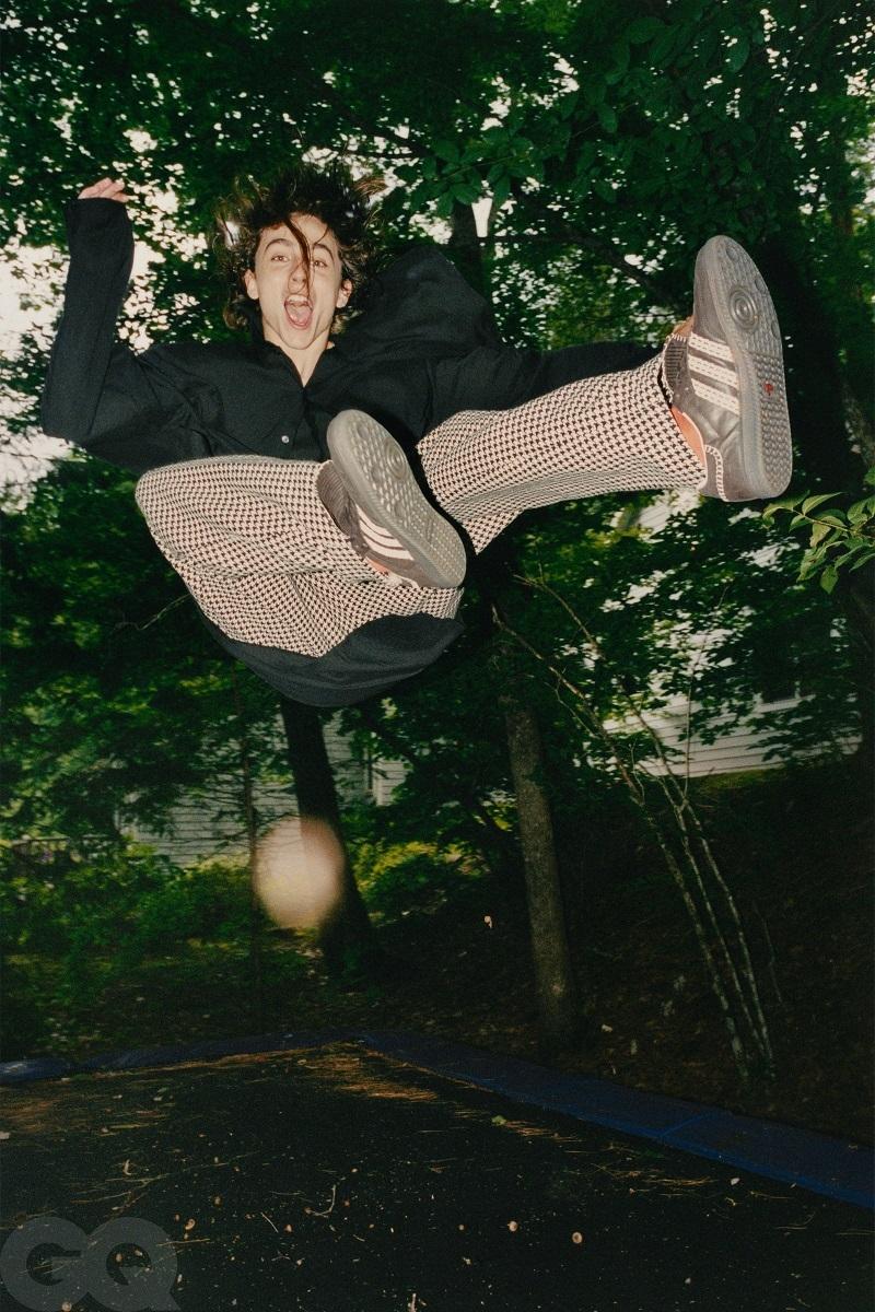 Тимоти Шаламе появился на обложке GQ и рассказал о романе с Лили-Роуз Депп (ФОТО) - фото №6