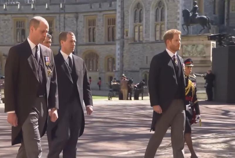 В Великобритании прощаются с принцом Филиппом: онлайн-трансляция - фото №1