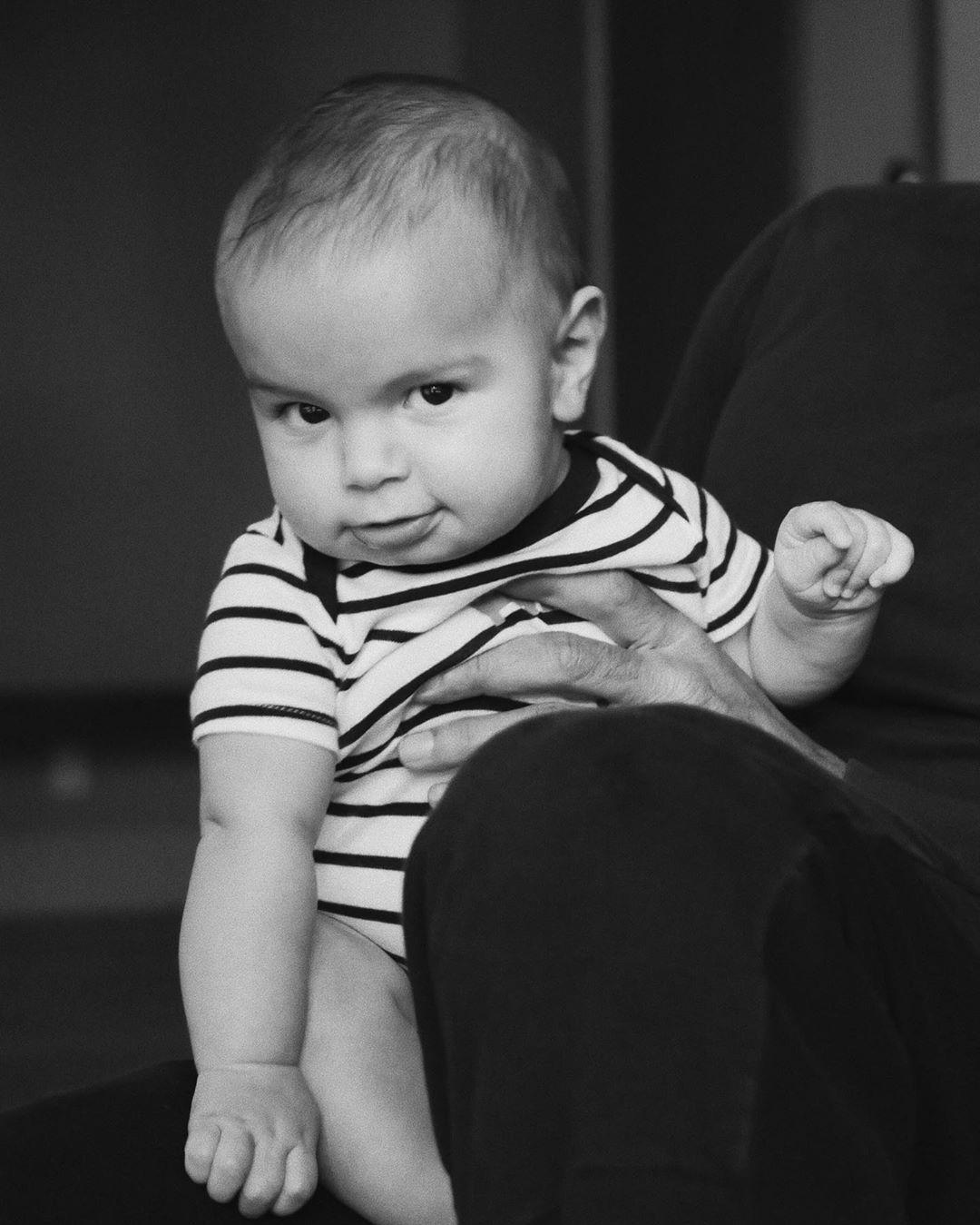 младший сын рики мартина