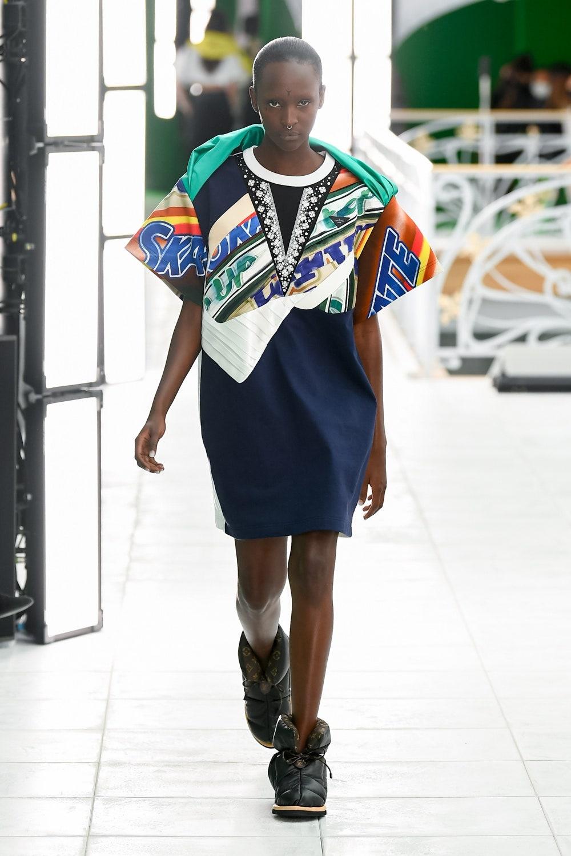 Гид по модным трендам 2021 года в новой коллекции Louis Vuitton (ФОТО) - фото №11