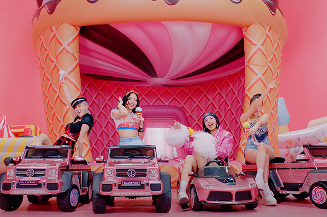 """Селена Гомес и K-pop группа Blackpink выпустили очень """"вкусный"""" клип на песню Ice Cream (ВИДЕО) - фото №4"""