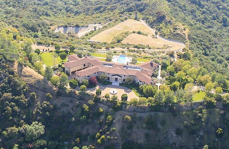 Как выглядит роскошный особняк, в котором живут Меган Маркл и принц Гарри: ФОТО - фото №2