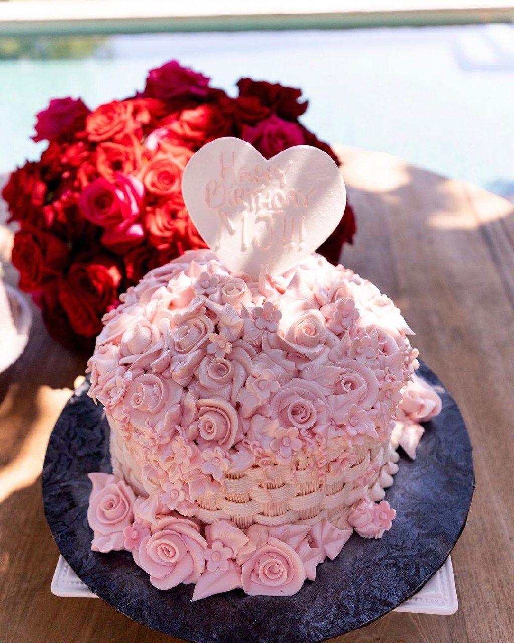 Торт бабушки Ким Кардашьян